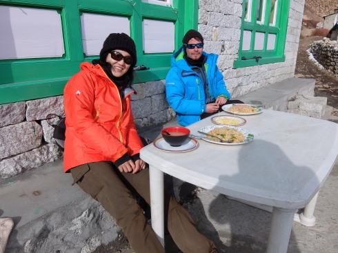 11日目: trekking day9 ディンポチェ(Nangkar Tshang)_a0207588_17151343.jpg