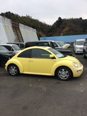 ブレーキが効かない!! VWニュービートル ~ブレーキパッド、バキュームパイプ交換~_c0267693_10235587.jpg
