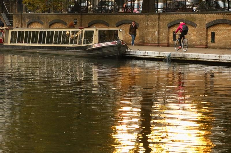narrow boats_e0364223_19371670.jpg