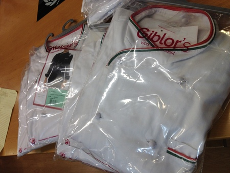 フィレンツェ中心街にあるコック服の専門店_a0136671_223488.jpg