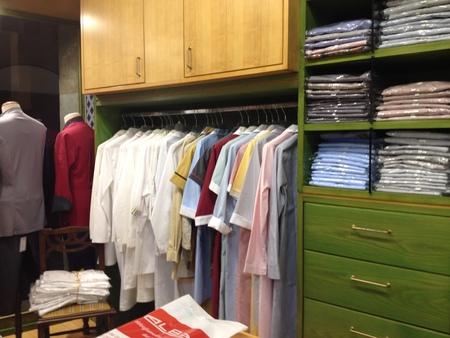 フィレンツェ中心街にあるコック服の専門店_a0136671_2293196.jpg