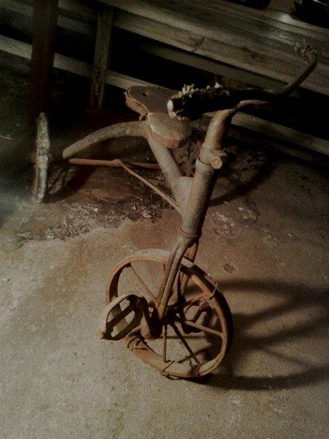 戦前の三輪車_e0350308_20251371.jpg