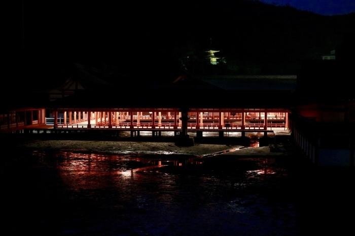 夜の宮島 広島旅行 - 10 -_f0348831_22281960.jpg