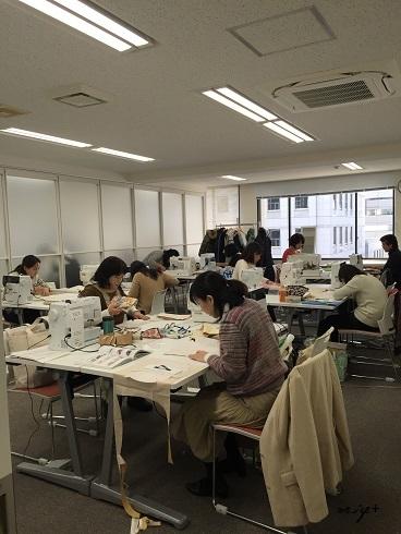 ヴォーグ学園東京校新校舎での初めての授業♪そして生徒様へご連絡_f0023333_10154473.jpg