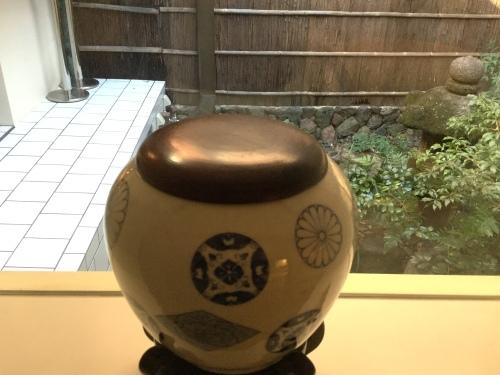 茶碗の中の宇宙ー楽焼の変遷ー_d0237757_00430831.jpg