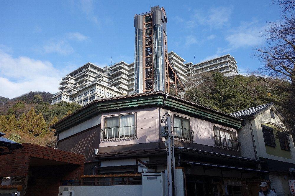 箕面観光ホテル(箕面スパーガーデン)_c0112559_16173565.jpg