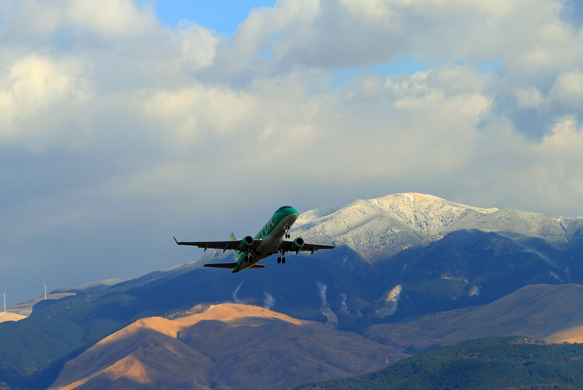 昨日のASO kumamoto AIRPORT 。_b0044115_8234946.jpg