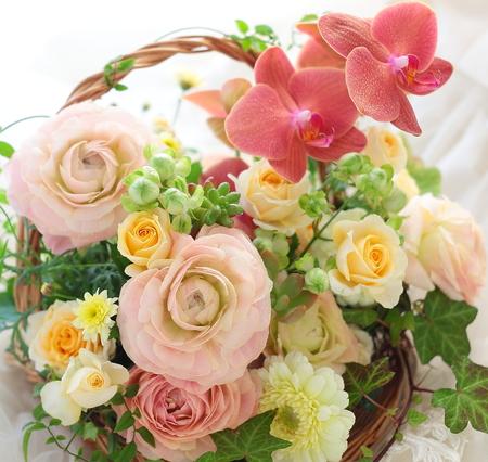 お母様のお誕生日御祝いに 遠方同士を花がつなぐ_a0042928_1027084.jpg