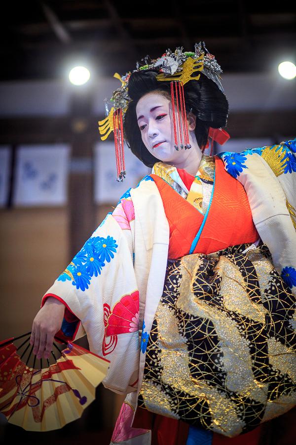 葵太夫の舞! (写真部門)_b0128581_19114632.jpg