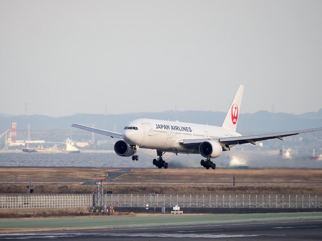 冬の羽田空港_d0192516_17443246.jpg