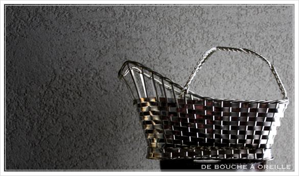 porte bouteille クリストフル製 アンティークのパニエ その2 ボトルバスケット_d0184921_1438777.jpg