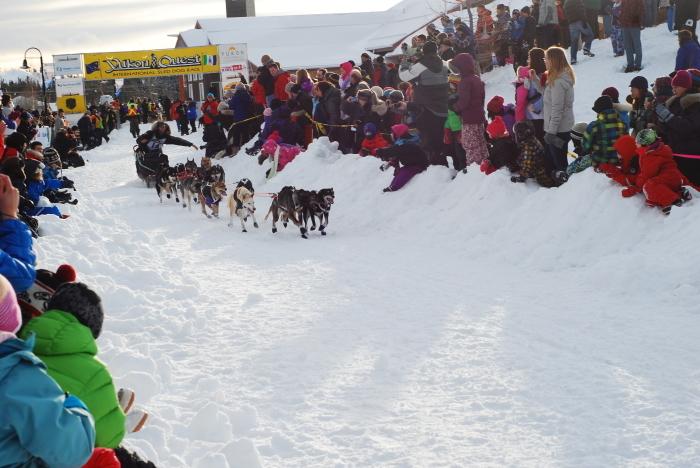 《犬ぞり》極北人と犬_d0112928_10593278.jpg