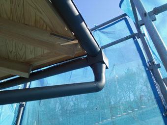 稲田堤の家の雨といの集水器は手作りです。_c0195909_15313021.jpg