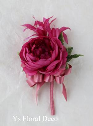 水色のドレスに 鮮やかなピンクのラウンドブーケ_b0113510_20543798.jpg