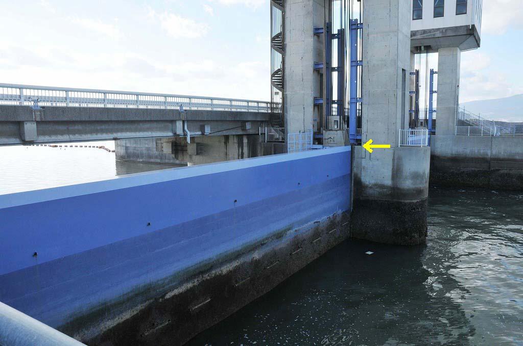 排水開門の仕組み:その1_c0052876_0245742.jpg