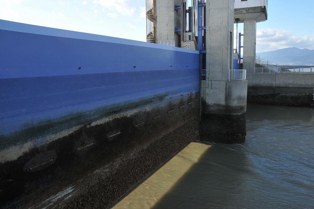 排水開門の仕組み:その1_c0052876_17718.jpg