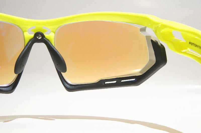 度付きスポーツサングラスの進化_f0251601_20423655.jpg