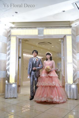 サーモンピンクのドレスにあわせるブーケと花冠_b0113510_09144270.jpg