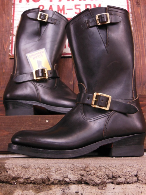 Attractions 新型 Lot.444 ENGINEER BOOTS(HORSE BUTT)エンジニアブーツ/BLACK,入荷_c0187684_135538.jpg