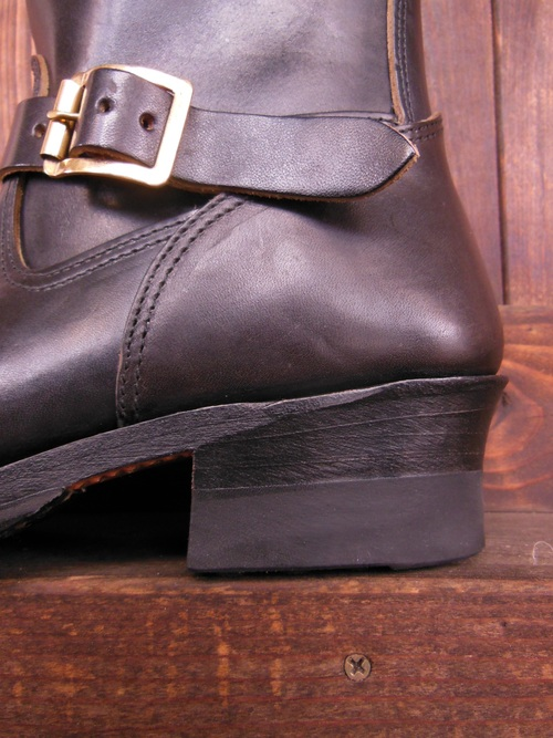 Attractions 新型 Lot.444 ENGINEER BOOTS(HORSE BUTT)エンジニアブーツ/BLACK,入荷_c0187684_141096.jpg