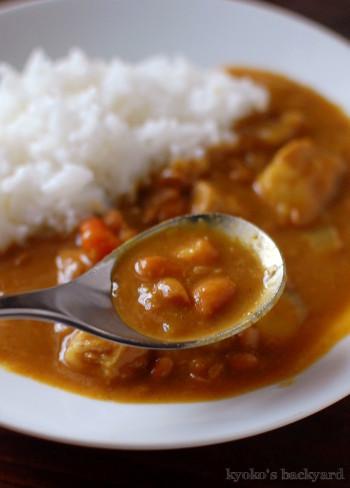 うずら豆カレーからの、カツカレー_b0253205_04391121.jpg