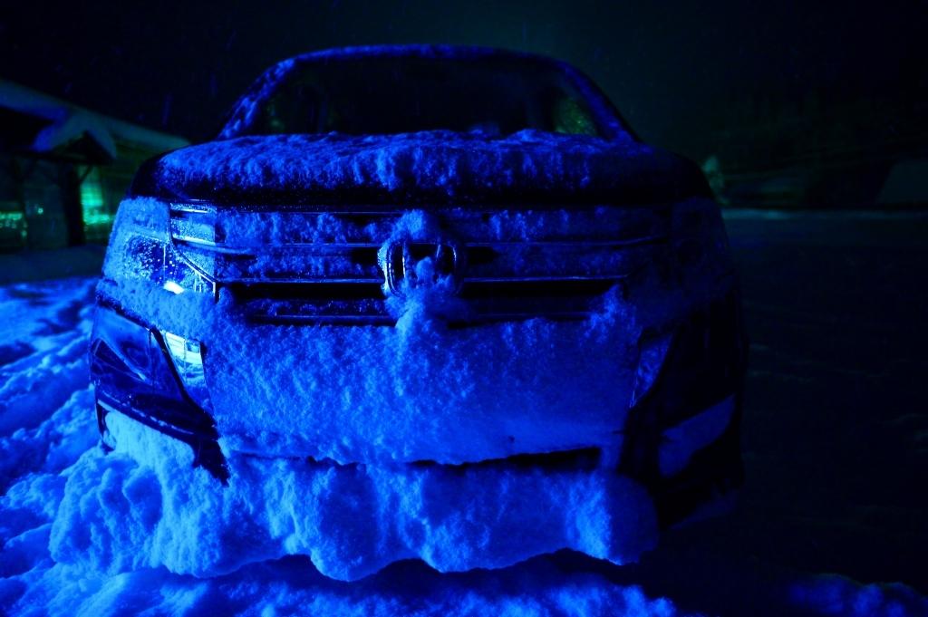 車が雪だるま_f0050534_08375950.jpg