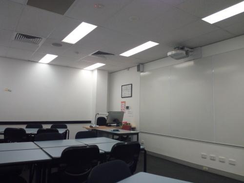 ちょっとだけ真面目に。シドニーで無料の英語クラスに参加してみる_c0351060_00165801.jpg