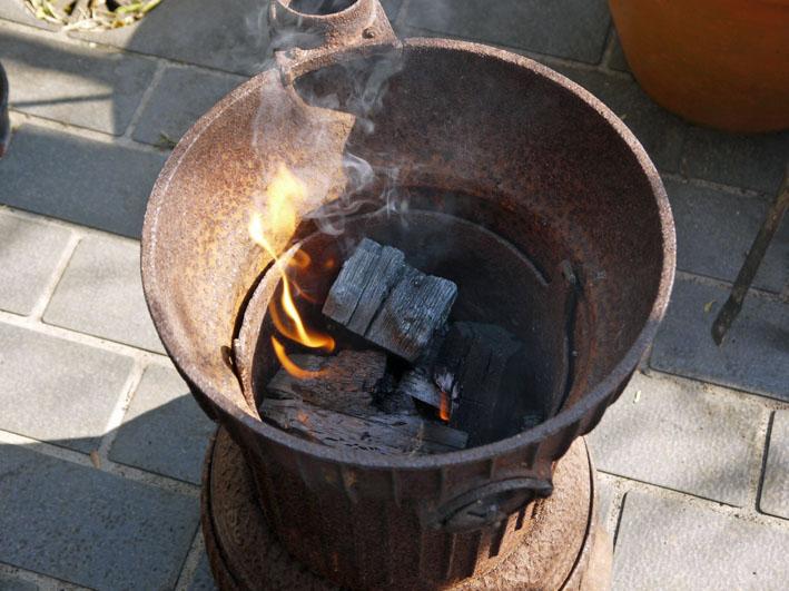 北鎌倉の恵みで乾杯!ねぎまの炭火焼きで新年会1・29_c0014967_1013435.jpg