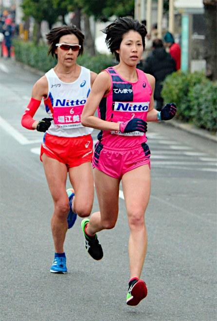 ◆2017大阪国際女子マラソン ~重友5年ぶり・涙の優勝~_f0238779_19273871.jpg