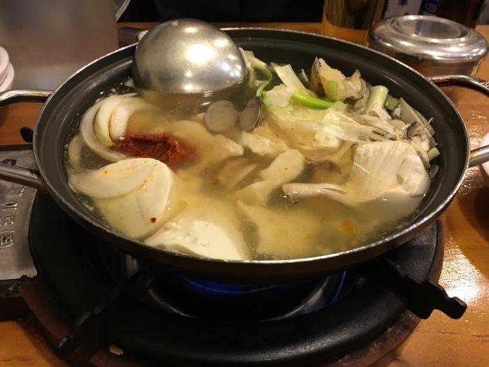 2016年11月のソウル旅 その9 光化門で豆腐チゲ_a0223786_13592717.jpg