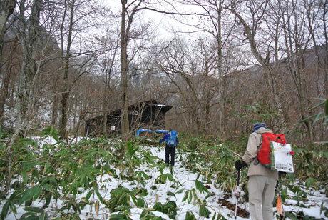 2016年12月3-4日、初頭の谷川岳虹芝寮で遊ぶ_c0242406_14312610.jpg