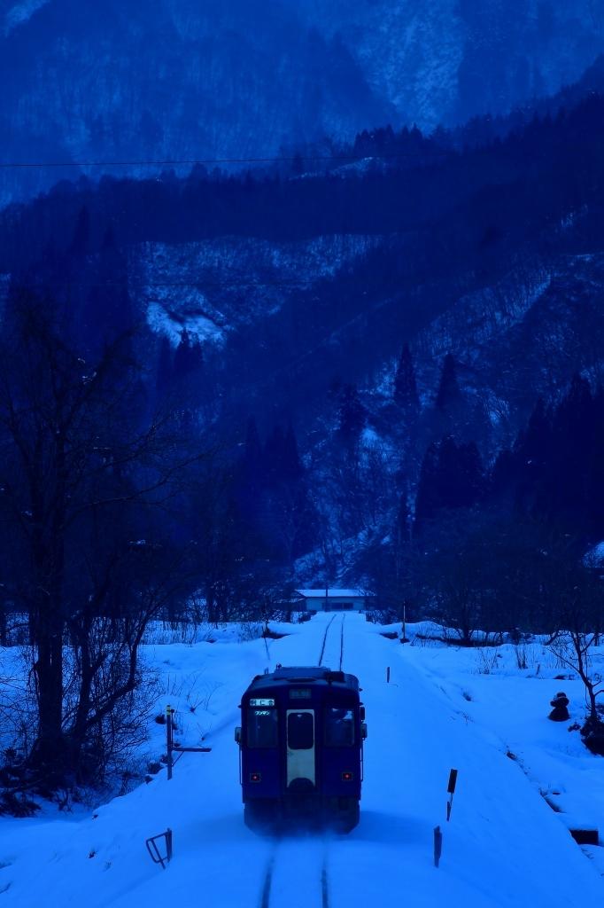 秋田の山をゆく_f0050534_07494944.jpg