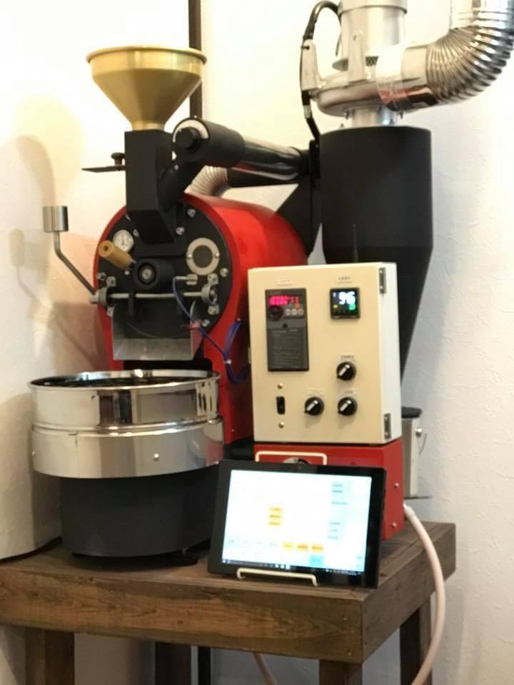 静岡県伊東駅前に焙煎機を設置しました。_c0020639_18220761.jpg