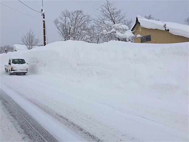 妙高高原から雪の便りが届きました_a0031363_1104230.jpg