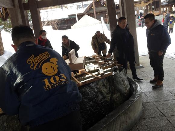 2月1日 水曜日のひとログ(。・ω・。) ランクル200ディーゼル横浜港到着♫_b0127002_16551281.jpg