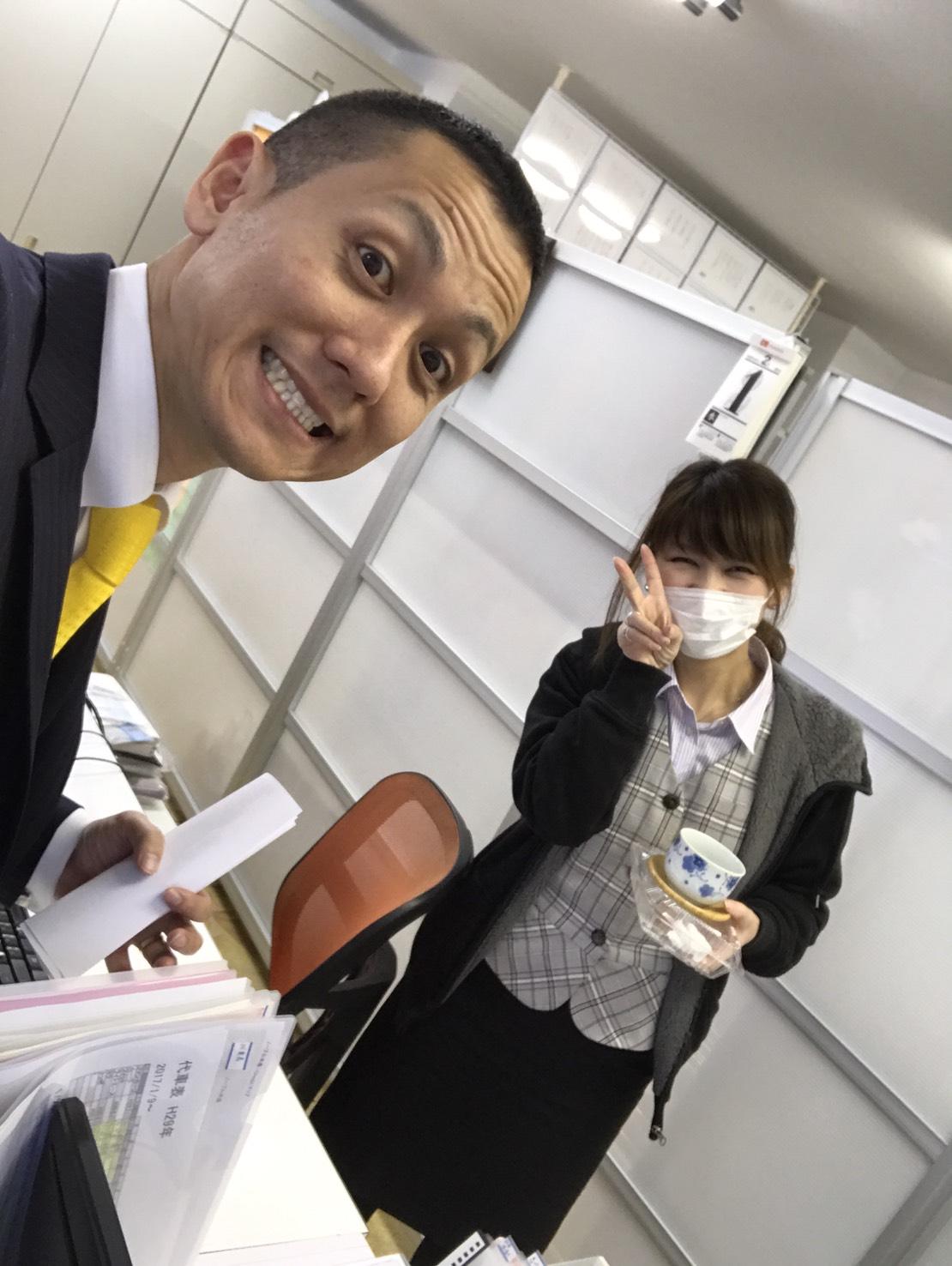 2月1日 水曜日のひとログ(。・ω・。) ランクル200ディーゼル横浜港到着♫_b0127002_17535218.jpg