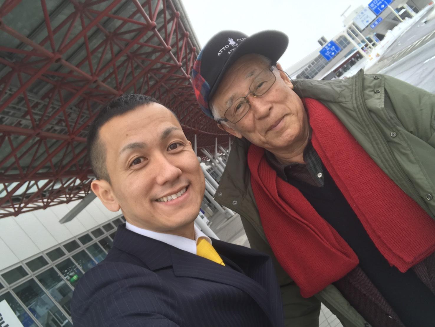 2月1日 水曜日のひとログ(。・ω・。) ランクル200ディーゼル横浜港到着♫_b0127002_1810309.jpg