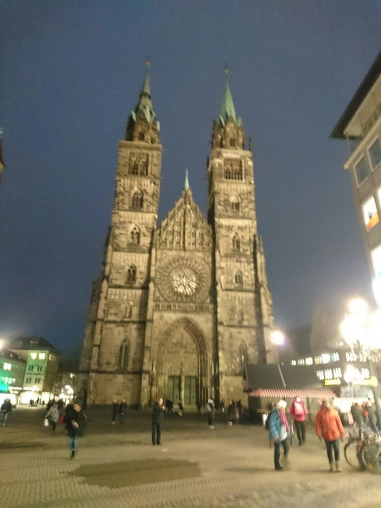 亡き父と旅したかった町ニュルンベルグ_d0148223_16451584.jpg
