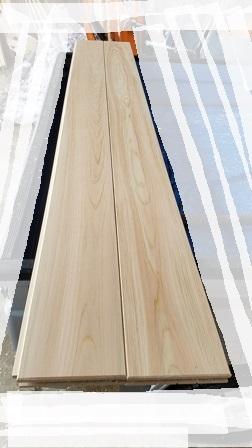 南魚沼で無垢の床板_a0128408_10432621.jpg