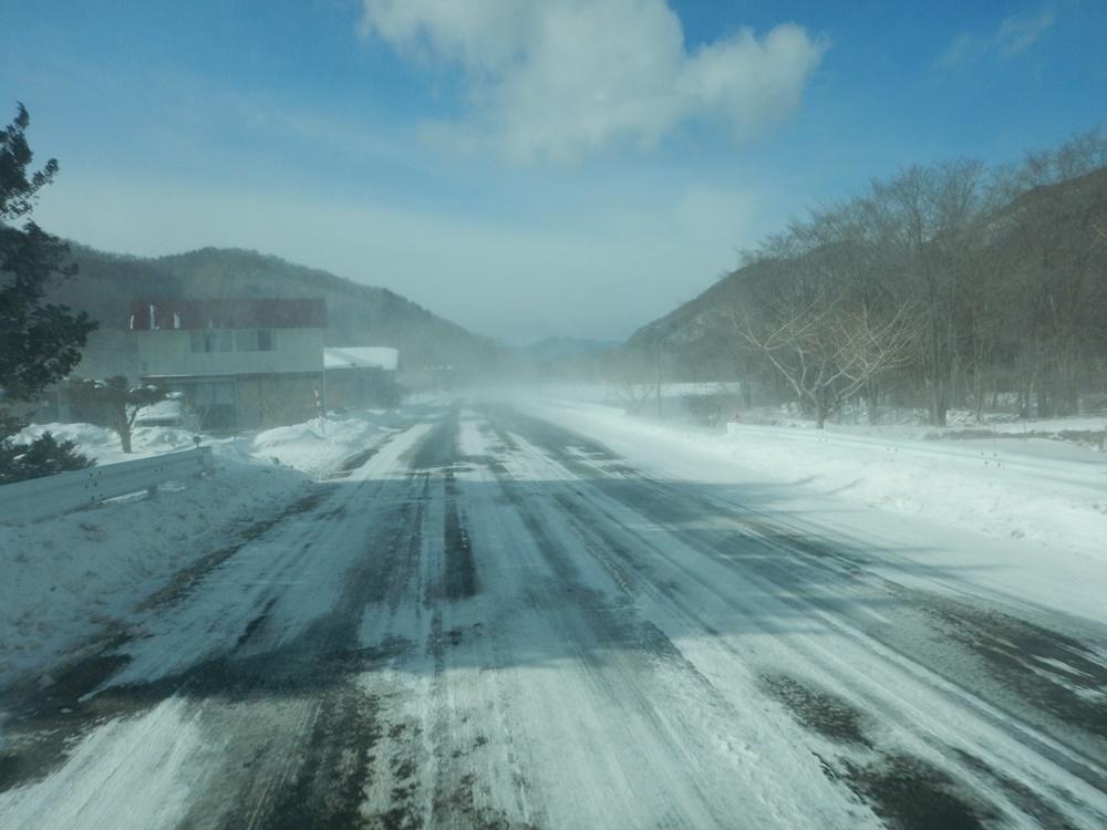 早朝除雪から_c0111229_21044510.jpg