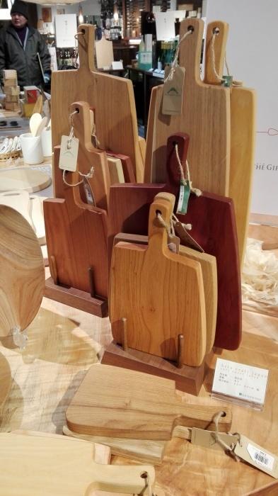 木の道具とテーブルウェア by THE GIFTS SHOPをレポートします!_e0155231_01585946.jpg
