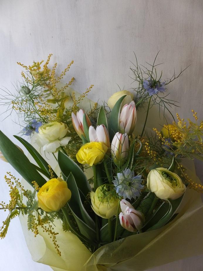 オークリーフ(チューリップを入れた花束)_f0049672_12241052.jpg