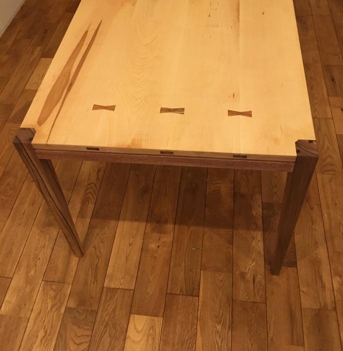 テーブル搬入_b0137082_17443739.jpg