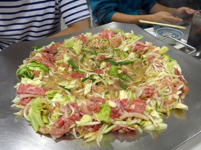 那覇「炊肉の店 牛ちゃん」へ行く。_f0232060_226791.jpg