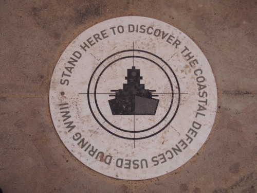 廃墟に線路に隠れ家的ビーチ!島を去る日にBickley Battery Heritage Trailを歩いてみる_c0351060_08332780.jpg