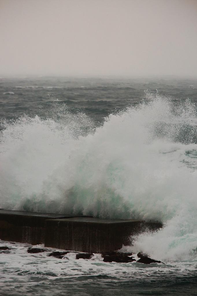 荒れる日本海_a0294534_17524142.jpg