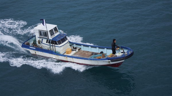 漁船_e0166355_741127.jpg