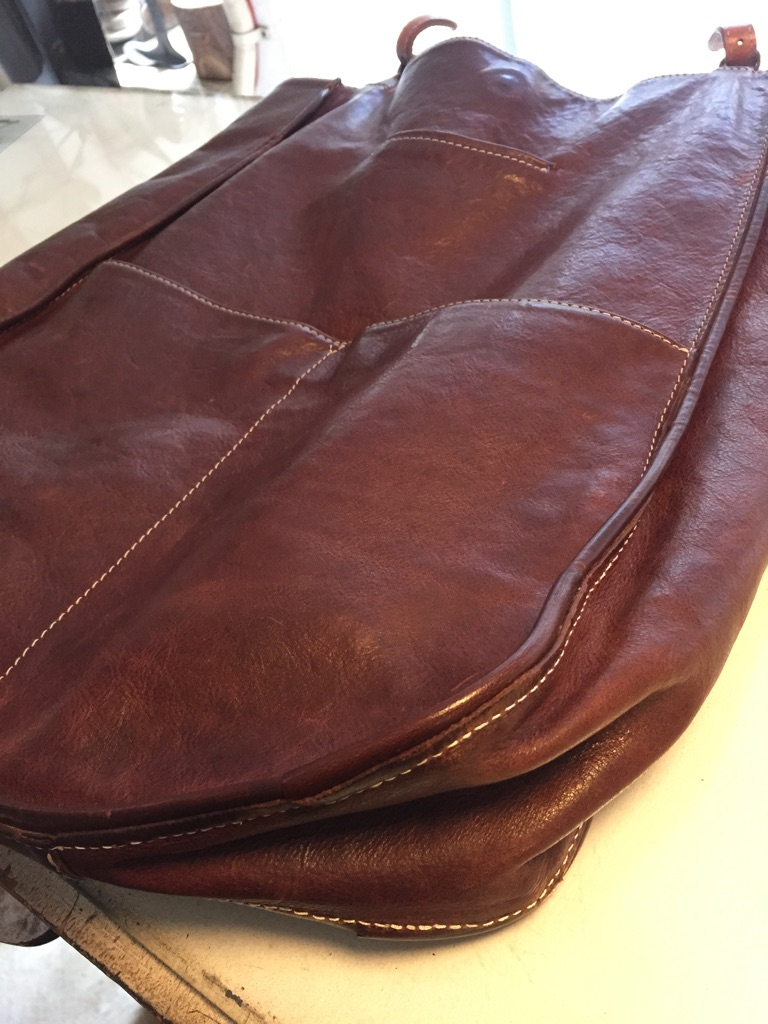 Bag レザーバッグ 角破れ 革物 リメイク _b0178425_16391789.jpg