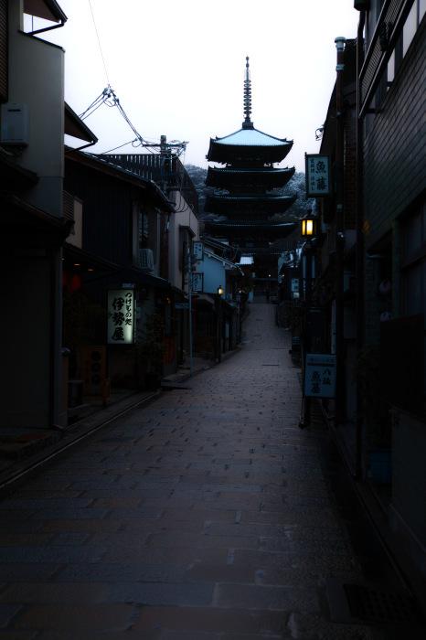 京都    1/16 東山  雪景色_f0021869_23285912.jpg