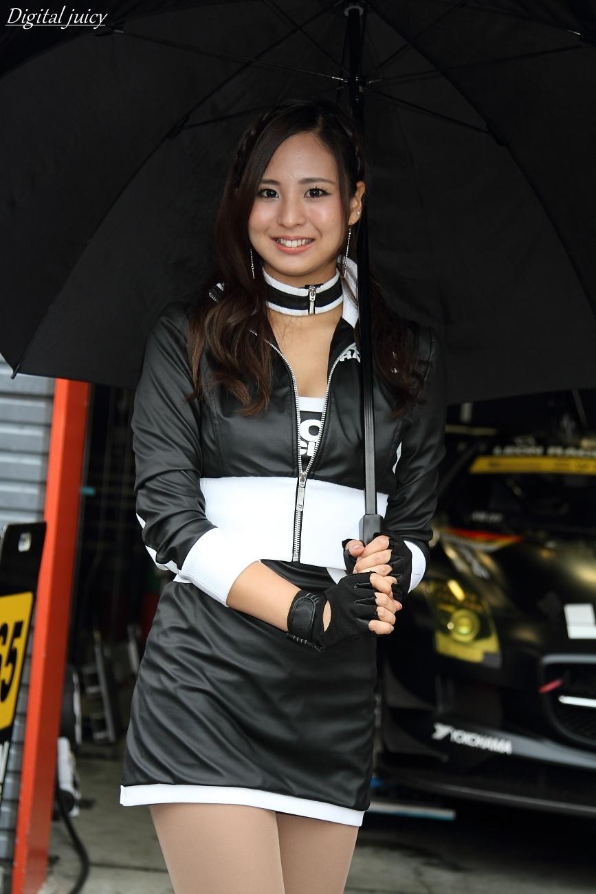 安田七奈 さん(LEON RACING LADY)_c0216181_01022710.jpg